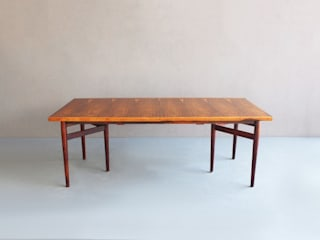 Rosewood Dining Table by Arne Vodder :   por Retro Age
