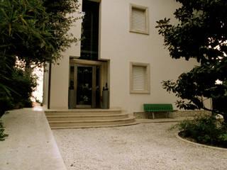Roberto Catalini Int. Designer Corridor, hallway & stairsStairs Marble Beige