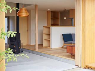 Comedores de estilo  de 一級建築士事務所co-designstudio, Escandinavo