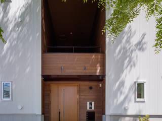 Modern houses by 内田雄介設計室 Modern