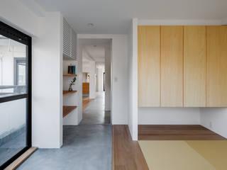和室: 内田雄介設計室 が手掛けた和室です。