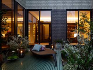 (有)ハートランド Balcones y terrazas modernos