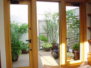 Balcony: (有)ハートランドが手掛けたテラス・ベランダです。,