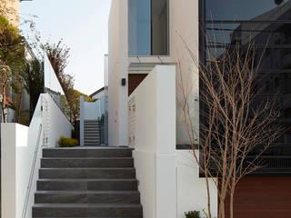 (有)ハートランド Jardines de estilo moderno