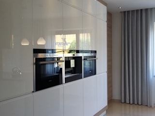 Projekt kuchni: styl , w kategorii Kuchnia zaprojektowany przez Projektowanie i aranżacja wnętrz Rogalska Design,