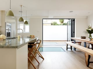 KITCHENS: THE AUBREY Modern kitchen by Cue & Co of London Modern