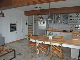 Kitchen by Bilgece Tasarım,