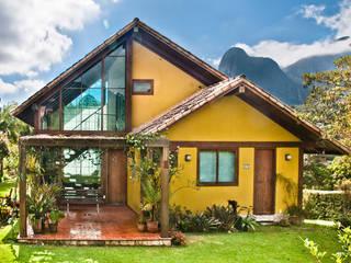 Chalé na Montanha - MVDA Casas campestres por Carlos Eduardo de Lacerda Arquitetura e Planejamento Campestre