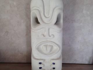Tiki polynésien:  de style  par Tikisquare