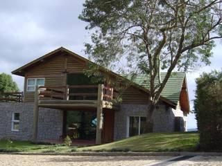 Casa de montanha - NL Casas campestres por Carlos Eduardo de Lacerda Arquitetura e Planejamento Campestre