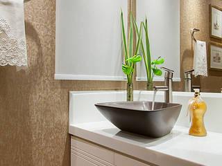 Baños de estilo moderno de Débora Noronha Arquitetura Moderno