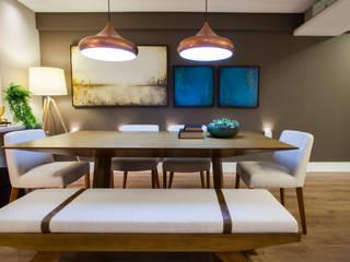 Estúdio HL - Arquitetura e Interiores Modern dining room