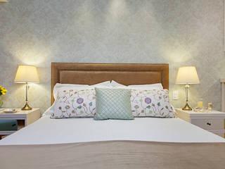 Dormitorios de estilo clásico de Débora Noronha Arquitetura Clásico