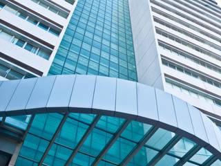 Ed. Master Tower - Construtora Lorenge Edifícios comerciais modernos por Carlos Eduardo de Lacerda Arquitetura e Planejamento Moderno