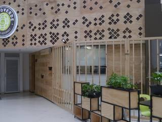 Restaurante Mundo Verde Unicentro 2015 de NI.MA. Productos en madera Moderno