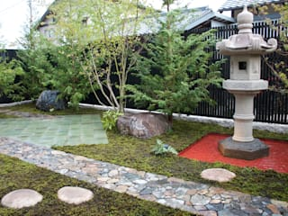 佐藤邸: 造園 武が手掛けた庭です。
