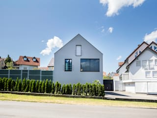 Modern home by Schiller Architektur BDA Modern