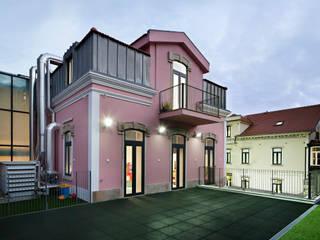 Escola Jardim Infância + Creche: Casas  por es1arq,Minimalista