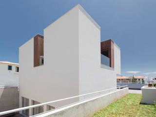 Casas de estilo  por Studio Dois