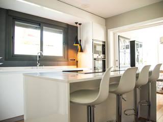 Construcción casa modular en Caceres de MODULAR HOME Moderno