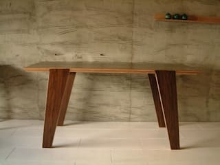 original furniture: AAL associatesが手掛けた現代のです。,モダン