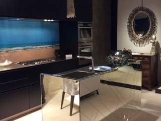 Kitchen by bilune studio, Modern Glass