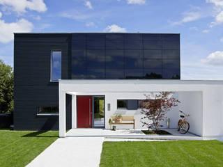 SchwörerHaus Casas modernas Negro