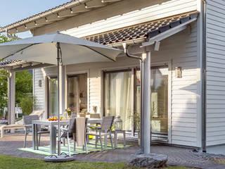 YOUNG FAMILIY HOME - Terrasse:  Terrasse von SchwörerHaus