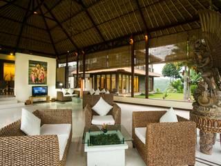 Asian style living room by Buseck Architekten Asian