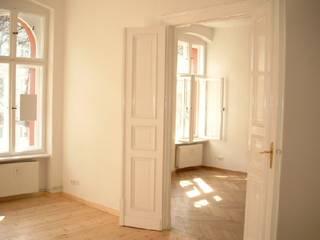 Living room by Buseck Architekten