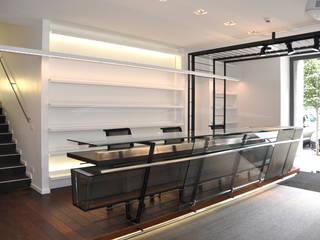 Moderne Geschäftsräume & Stores von evels & papitto - b4architects Modern
