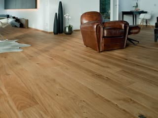 Modern walls & floors by Rochene Floors Modern