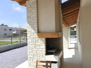 Terrazas  de estilo  por studio arch sara baggio