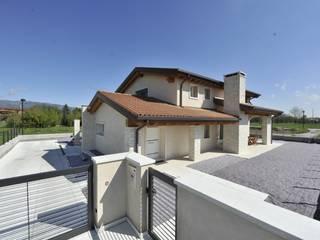 Casa MoDà Case classiche di Architetti Baggio Classico