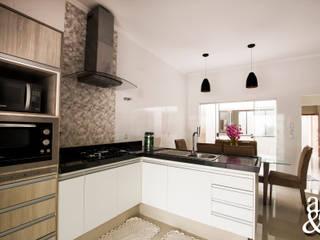 Nhà bếp by Arch & Design Studio