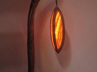 Stehleuchte, Designerleuchte, Lampe Holz von Alpenlandkunst Ausgefallen