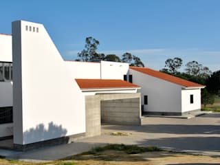 House in Coruche, Santarém Casas rústicas por é ar quitectura Rústico