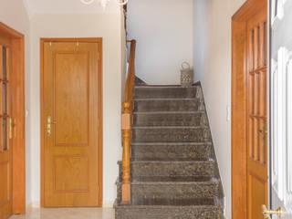 Pedro Brás - Fotógrafo de Interiores e Arquitectura | Hotelaria | Alojamento Local | Imobiliárias Mediterranean corridor, hallway & stairs