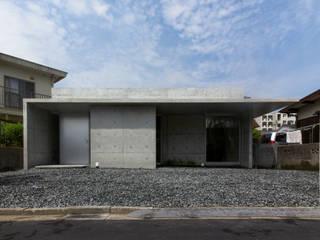 House-K モダンな 家 の 春日琢磨建築設計事務所 モダン