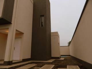 Minimalist house by Alejandro Acevedo - Arquitectura Minimalist