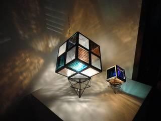 Power box: ステンドグラス工房 碧あおが手掛けた折衷的なです。,オリジナル