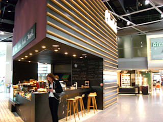 San Pino restaurant Modern airports by Alcantara Stone Corporation Modern