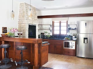 Nitido Interior design Rustic style kitchen Solid Wood Wood effect