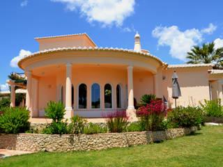 Painting Services RenoBuild Algarve Casas de estilo mediterráneo