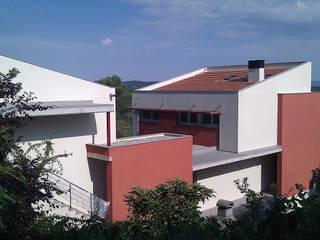Casa DG Casas de estilo clásico de DDV Arquitectura Clásico