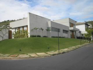 Monica Guerra Arquitetura e Interiores Modern home