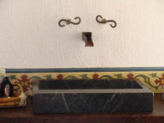 Salle de bains de style  par Monica Guerra Arquitetura e Interiores
