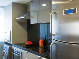 Cozinhas por Braun Moveis Eclético