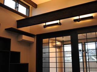MNハウス モダンデザインの リビング の 一級建築士事務所 渡邊唯建築設計事務所 モダン
