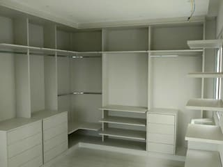 Marcenaria gmt BedroomWardrobes & closets